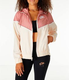 Front view of Women's Nike Sportswear Woven Windrunner Jacket in Guava Ice/Rust Pink Nike Outfits, Teen Fashion Outfits, Swag Outfits, Trendy Outfits, Windbreaker Outfit, Raincoat Outfit, Nike Windbreaker, Windrunner Jacket, Nike Windrunner