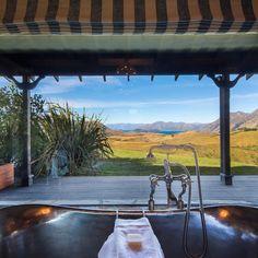 """Luxury Lodges of New Zealand (@luxurylodgesnz) on Instagram: """"Could this be New Zealand's most scenic bath?! #mahuwhenua #luxurylodgesnz #lakewanaka…"""""""