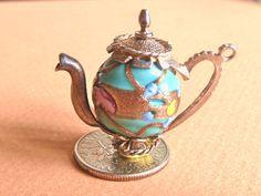 Vintage charm  Sterling silver and Venetian Murano par undermycharm, $27,00