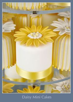 Yellow, White Daisy Mini Cakes