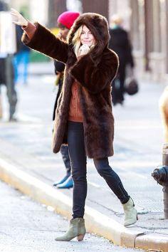 Love #SiennaMiller's faux fur hooded coat.
