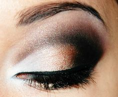 Perfect eye make up for that all important Valentine's date, we think.