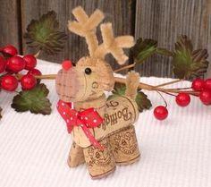 weihnachtsbastelleien mit korken hirsch basteln