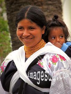 Photos Ecuador / Mother and child, Otavalo