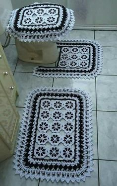 Best 7 Crochet Blanket – Baby – Arielle's Square Crochet pattern by Deborah O'Leary – SkillOfKing. Bathroom Mat Sets, Bathroom Rugs, Bath Rugs, Bath Mat, Filet Crochet, Crochet Doilies, Crochet Flowers, Bathroom Crafts, Rugs And Mats
