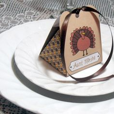 DIY Thanksgiving Place Cards http://blog.tomsofmaine.com/index.php/diy-thanksgiving-place-cards/