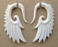 Nava WingsOrganic Bone Earrings by TribalStyle on Etsy from TribalStyle on Etsy. Saved to Bling Bling. Polymer Clay Projects, Polymer Clay Charms, Polymer Clay Earrings, Clay Crafts, Biscuit, Creation Couture, Bone Carving, Tribal Fashion, Schmuck Design