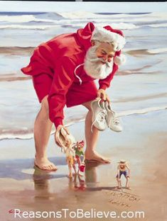 Christmas in July. Santa on vacation with the elves Nautical Christmas, Tropical Christmas, Beach Christmas, Christmas Past, Father Christmas, Vintage Christmas, Santa Pictures, Christmas Pictures, Aussie Christmas