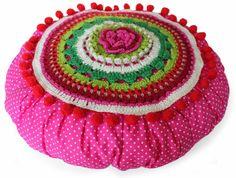 Crochet Bohème/Boho Hakeln (Cécile Balladino): Cushion. By Handwerkjuffie,  Who is a very creative women.