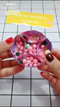 Cool Paper Crafts, Paper Crafts Origami, Diy Origami, Fun Crafts, Diy Crafts Hacks, Diy Crafts For Gifts, Diy Crafts Pencil Case, Hippie Crafts, Diy Valentines Cards