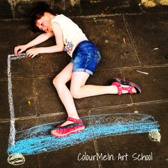 Chalking the town, ColourMeInArtSchool at Christopher Place, St Albans, www.bespokeyourhArt.com
