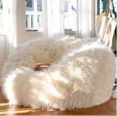 I like the bean bag. I don't know if it would fit in my room though. I love the soft fluffy bean bag. I think it would be cute in my room. My New Room, My Room, Girl Room, Living Room Furniture, Home Furniture, Furniture Chairs, Furniture Ideas, Bean Bag Furniture, Corner Furniture