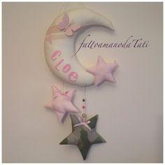 INSERZIONE RISERVATA PER VALERIA fiocco nascita luna e stelle , by fattoamanodaTati, 35,00 € su misshobby.com