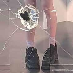 Goth Aesthetic, Aesthetic Photo, Aesthetic Pictures, Aesthetic Black, Crying Aesthetic, Aesthetic Japan, Aesthetic Outfit, Mathilda Lando, Rauch Fotografie