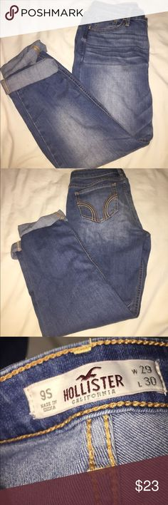 Hollister light wash denim jeans Worn once. Jeans not jeggings not too stretchy. 9 short. Straight leg. Hollister Jeans Straight Leg