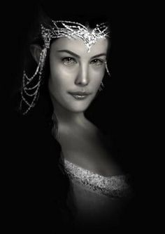Arwen Undómiel.  Queen of Gondor.   Artist: Simon Povey.