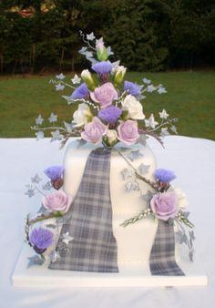Scottish Tartan wedding cake Tartan Wedding ideas, Scottish Wedding, Tartan patterned Ideas and Inspirations. Wedding Directory-UK