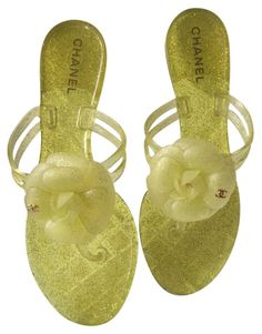 d0ea40b9d349 Yellow Glitter Jelly Camellia Thong Slides - W Box Dust Bag (Eu 39) Sandals