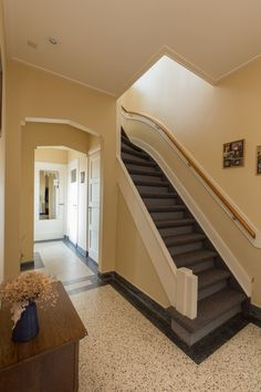 Attic Stairs, Terrazzo Flooring, Vestibule, Little Houses, Home Projects, Entrance, Art Deco, Home And Garden, Indoor