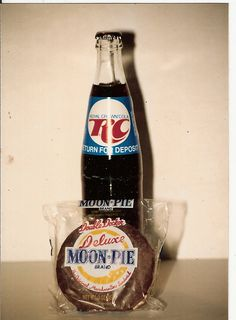 Doesn't get much more southern than a RC Cola and a Moon Pie! We do like our food, there's no secret there. Sweetie, it's not all fried chicken and cornbread! Bless your heart. Now go on and get you some, Honey Child! ;)