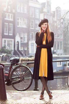 Vintage Outfit in the Cold - Retro Sonja Fashion Blogger Amsterdam - www.retrosonja.com