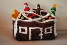 free crochet patterns from Erica Laurell (christmas countdown)