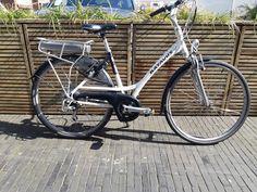 Tweedehands Batavus Jakima Easy- 25/6/2020: nieuwe accu - 22/3/2021: volledig nazicht- framemaat: 48- aankoopdatum: 09/06/2012- vraagprijs: € 990- contactpersoon bij interesse (eigenaar): 0473555644 (Dhr. Angilis) Bicycle, Vehicles, Easy, Bike, Bicycle Kick, Bicycles, Car, Vehicle, Tools