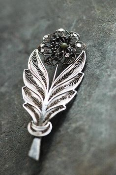 Connemara Marble Brooch   Vintage silver by Spiritofireland