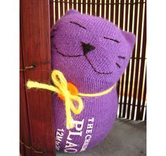 Guest Tutor: Sewing Sock Kitty {Tutorial} | Free Pattern & Tutorial at CraftPassion.com