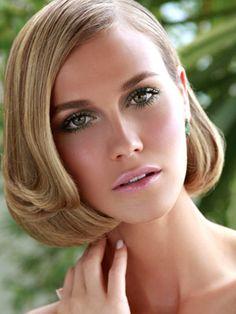 Inspiração retrô com o look da top model Renata Kuerten