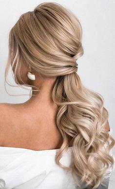 Bride Hairstyles ponytail updos for weddings, ponytail hairstyles, ponytail hairstyles wedding ponytail, prom hairstyles, prom ponytail wedding hairstyles Long Hair Wedding Styles, Wedding Hairstyles For Long Hair, Fancy Hairstyles, Wedding Hair And Makeup, Short Hair Styles, Indian Hairstyles, Hairstyles For Long Dresses, Bun Styles, Hairstyles Videos
