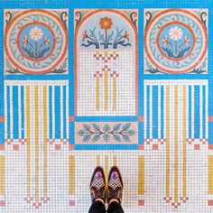 This Photographer is Capturing the Most Beautiful Flooring in Paris Floor Patterns, Mosaic Patterns, Textures Patterns, Mosaic Art, Mosaic Glass, Mosaic Tiles, Mosaic Tile Designs, Creators Project, Tuile