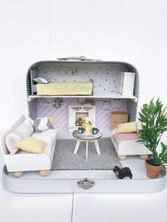 Dollhouse, Travel dollhouse in a Suitcase, Modern, Miniature Hand Made Pink Dollhouse, Modern Dollhouse, Coffee Table Fireplace, Cute Suitcases, Bed Linen Sets, Pink Marble, Cushions On Sofa, Dollhouse Furniture, Ideal Home