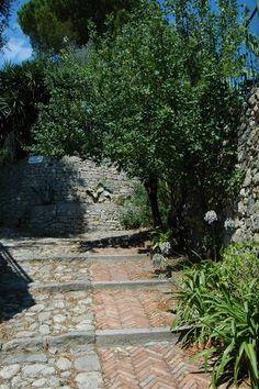 Mortola Inferiore, Frazione di Ventimiglia (IM), Salita Cacciairui