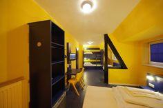 Beispiel: 5-Bett Zimmer mit Gemeinschaftsbad im Bed'nBudget Hostel Hannover  Hildesheimer Straße 380  30519 Hannover  Tel.: 0511 / 12 611 504    Fax: 0511 / 12 611 511    E-Mail: reservation@bednbudget.de  www.bednbudget.de