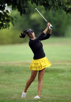 yellow ruffled golf skirt