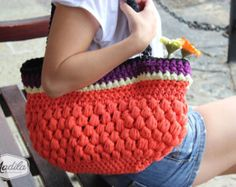 Handbag Chloe, handmade with Tshirt Yarn.