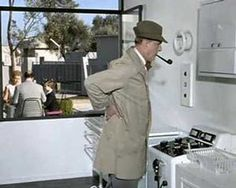 "Jaques Tati - Mon Oncle (1958) The struggle of a simple man with a ""highly modern"" kitchen and a bouncing jug... NOTE: I am fluent in both english and french..."