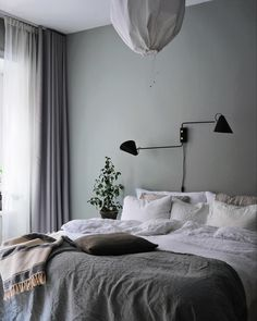 Home Interior Design my scandinavian home: A Swedish Interior Stylist and Photographer's Haven Swedish Bedroom, Scandinavian Bedroom Decor, Scandinavian Home, Scandinavian Apartment, Luxury Homes Interior, Home Interior Design, Interior Stylist, Interior Livingroom, Interior Paint