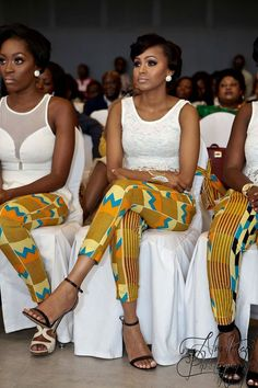 I Do Ghana is the perfect resource for Kente styles for a traditional Ghanaian wedding or engagement. African Attire, African Wear, African Women, African Beauty, African Style, African Print Fashion, Africa Fashion, African Fashion Dresses, African Clothes