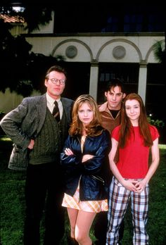 Buffy the Vampire Season 1. Anthony Stewart Head as Giles, Sarah Michelle Gellar as Buffy, Nicholas Brendon as Xander, and Alyson Hannigan as Willow