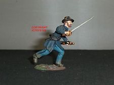 BRITAINS 31096 UNION INFANTRY IRON BRIGADE OFFICER CHARGING NO.1 TOY SOLDIER
