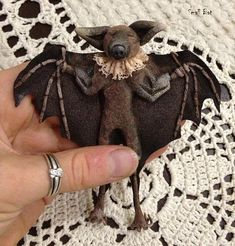PDF easy downloaded BAT sewing pattern for 2 sizes of bats - 6x6 and 3x3. Unique pattern and technique by Julia Berg RatBerry. Full description on 21 pages with photos. You will get the pattern immediately after payment with PayPal. Need Adobe Reader 7.0 or better to open the file and