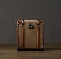 steamer trunk nightstand, restoration hardware