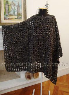 Poncho crochet a mão em lã.                                                                                                                                                                                 Mais