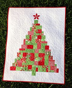 Modern Patchwork Christmas Tree Quilt Pattern | Flickr - Photo Sharing!