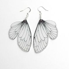 Insect wings jewelry, should be easy to make with shrinkydink plastic!
