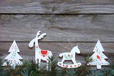 В преддверии Нового года витрины магазинов пестрят разнообразной новогодней атрибутикой. Такое все красивое, аж настроение поднимается. Особенно мне нравятся…