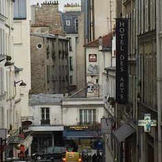 On instagram by david_dissawhat #spaceinvader #unas (o) http://ift.tt/20qlZ1h sighting in Paris. #parisstreetart