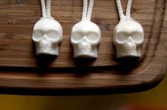 DIY Skull Soap On A Rope – Halloween Project – Bath and Body